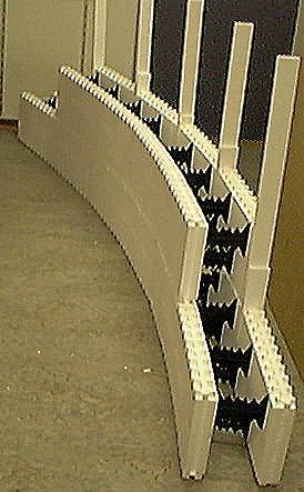 Runde Wände mit Styroporsteinen